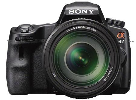 Sony SLT-A37 en face
