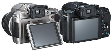 Pentax X-5 s výklopným LCD