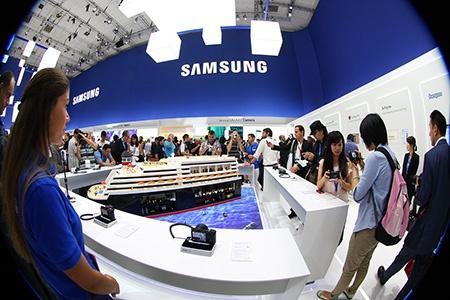 Samsung na IFA 2012: fotoaparáty v akci