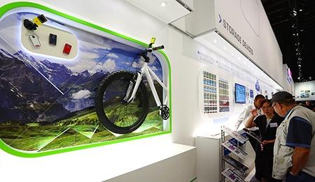 Toshiba na IFA 2012 - sekce foto-video-outdoor + paměťová zařízení