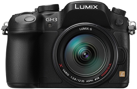 Panasonic Lumix GH3 - en face