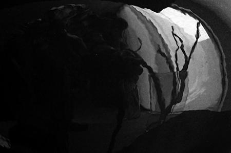 Detail I – neutrální šedá škála