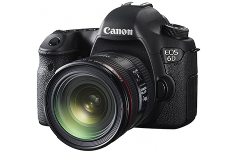 Canon EF 4/24–70L IS USM na EOS 6D - klasický 3/4 pohled