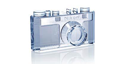 Křišťálový Nikon Model I