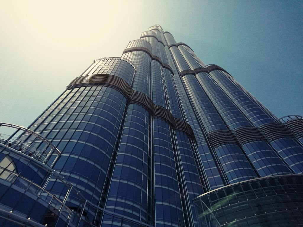 Mikael Buck - Burj Khalifa  -sony xperia xz