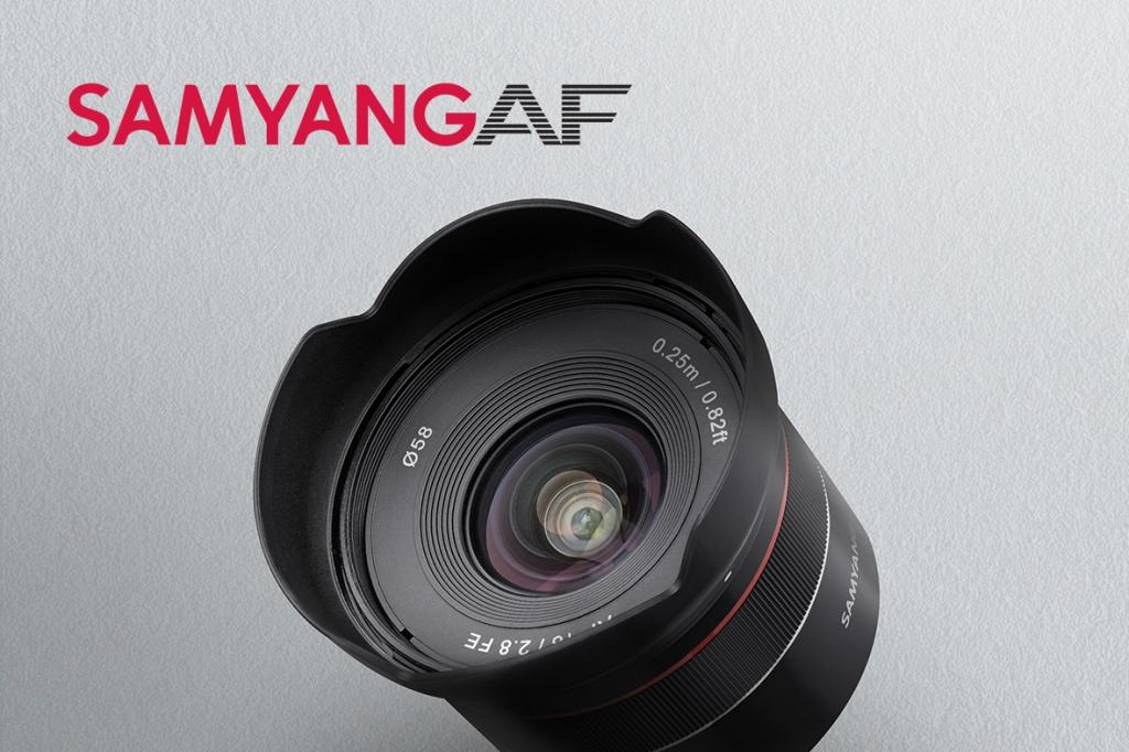 35mm f/2.8 a 45mm f/1.8.