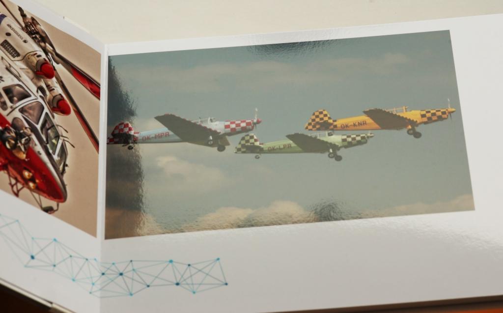 Struktura použitého papíru pro tisk fotoknihy - před znečištěním